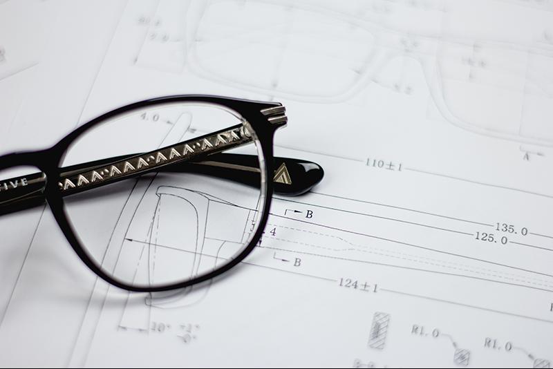 de07f7103c Types of Lens Materials for Your Glasses | Optical Center CA