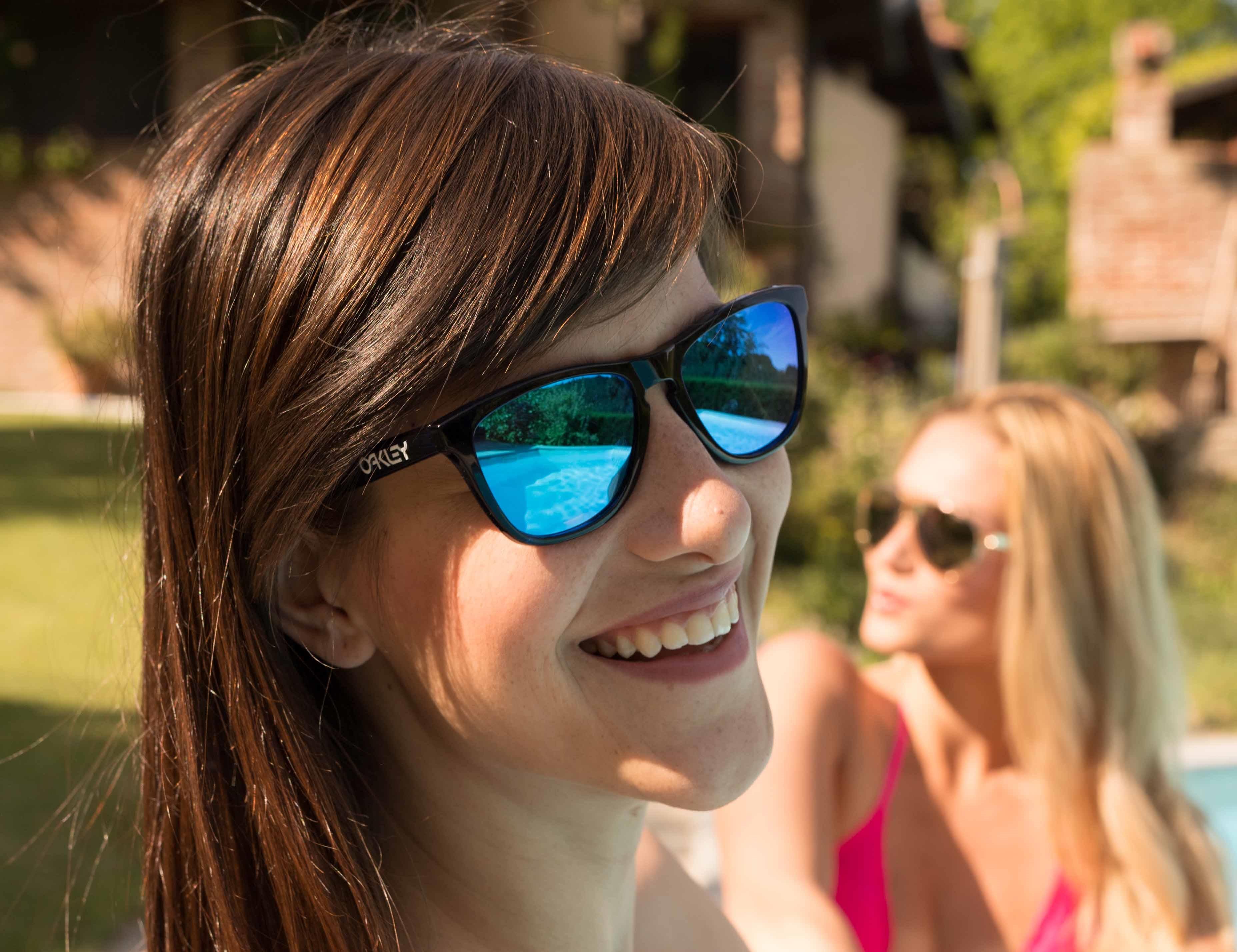 6d27b50044f2 Mode møder funktionalitet  Solbriller med spejlglas ...