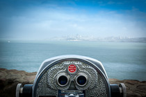 how distance wear lenses correct myopia